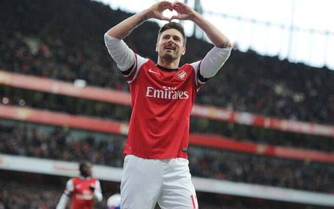 Arsenal passou fácil pelo Reading e goleou  por 4 a 1