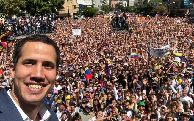 Presidente autoproclamado da Venezuela  marcou para o próximo dia 23 a data para entrada de doações internacionais