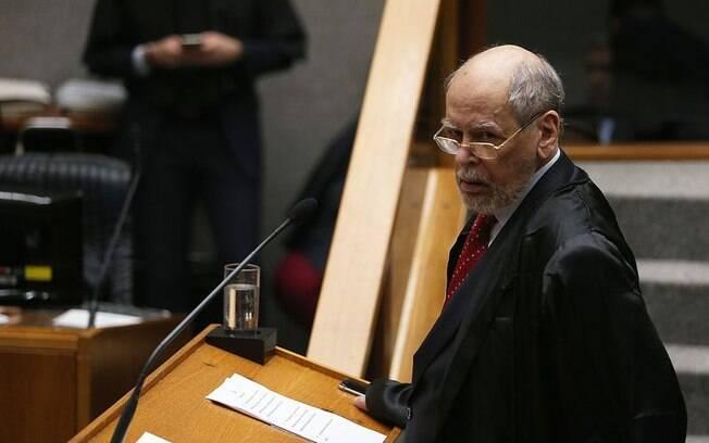 Sepúlveda Pertence, que representa o ex-presidente Lula, disse que o STJ perdeu a oportunidade de