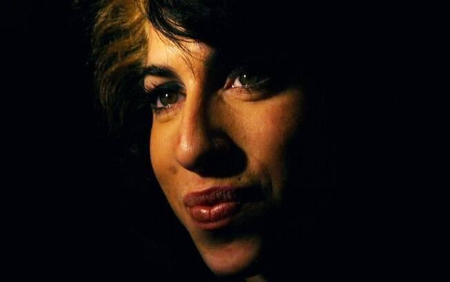 No dia 23 de julho passado, a cantora Amy Winehouse morreu aos 27 anos, de causas ainda não esclarecidas