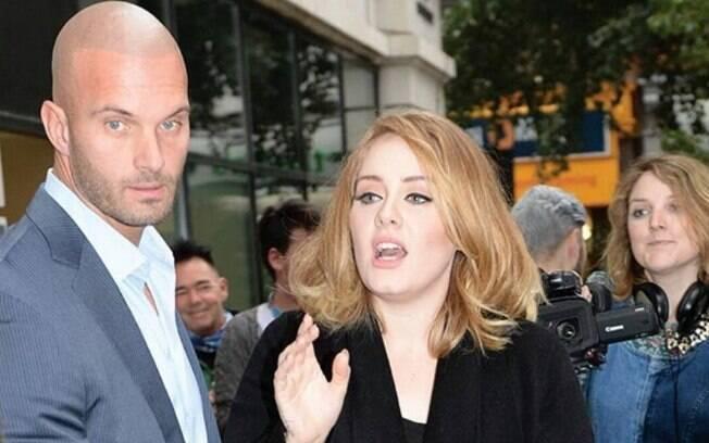 Peter Van Der Veen é o guarda-costas gato da cantora Adele