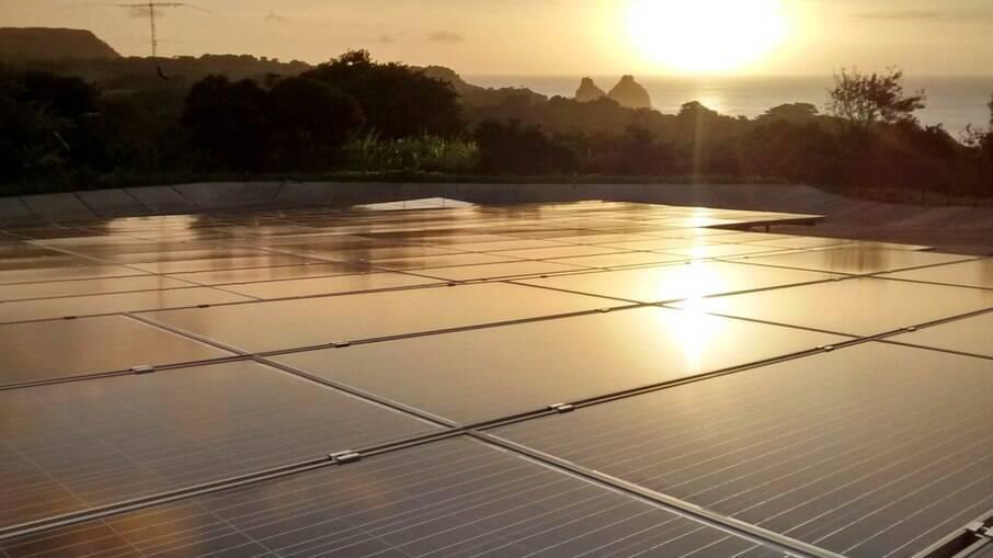 Atualmente, 10% da energia elétrica de Fernando de Noronha vem do sol