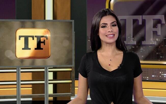 Flavia Noronha apresenta o TV Fama