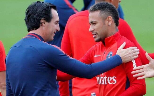 O técnico Unai Emery se irritou com pergunta sobre Neymar:
