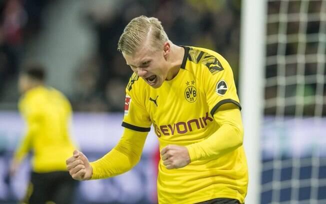 Haaland comemora gol do Borussia