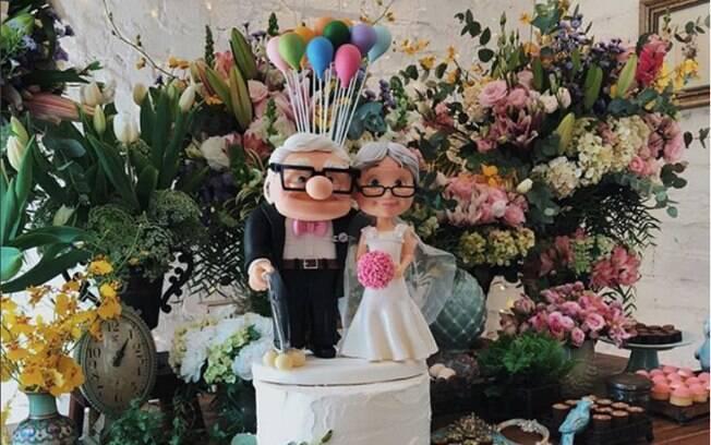 A youtuber Niina Secrets escolher fazer seu casamento civil com o tema do filme
