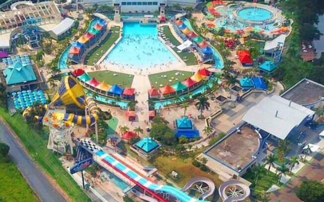 Parque aquático na região abre 150 vagas de empregos para reabertura