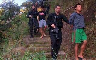 Polícia faz operação para prender 'Hello Kitty' do tráfico e outros 11 alvos