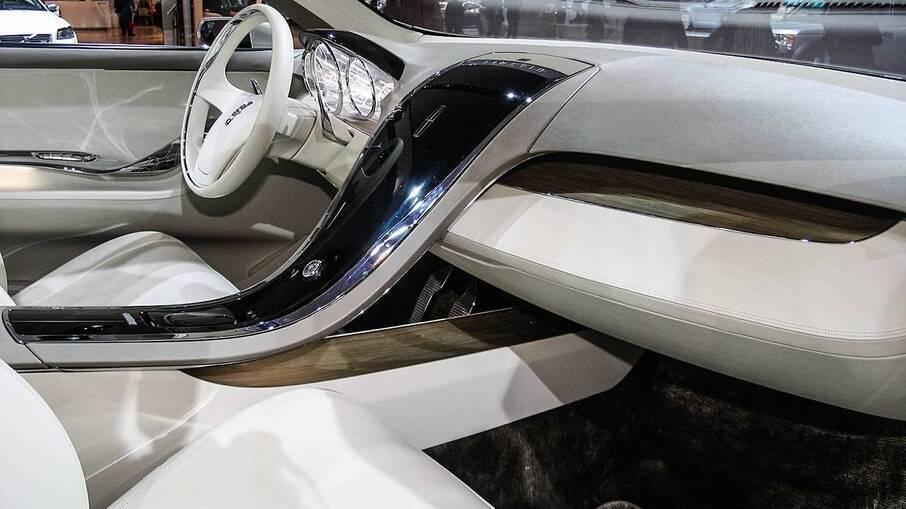 A folha da bananeira foi usada em 2008 como matéria-prima na confecção dos tapetes do do crossover Lincoln MKT