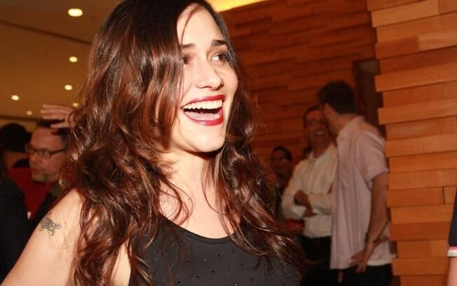 Alessandra Negrini conferiu a pré-estreia do filme