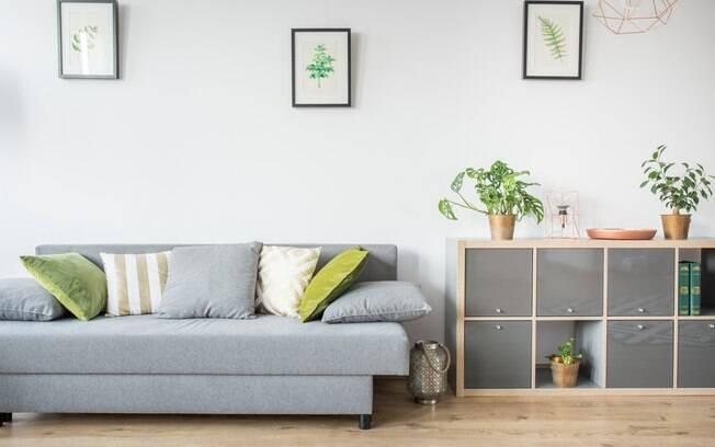 Profissional sugere itens que você consegue utilizar em casa sem gastar muito e, assim, criar uma decoração barata