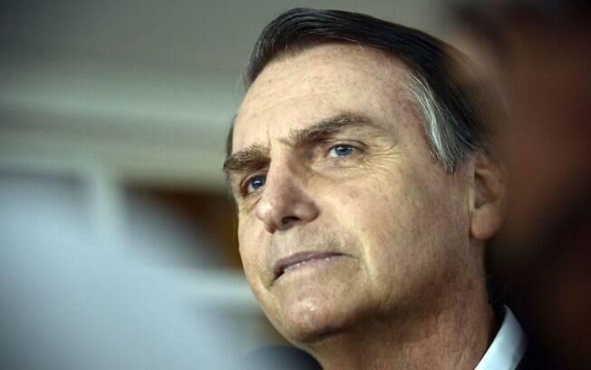 Jair Bolsonaro declarou à TV Aparecida que consideraria um