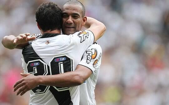 Vasco aposta nas categorias de base para 2015 e deve liberar medalhões -  Futebol - iG ea25ef8dac1e2