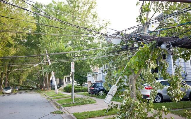 Destruição causada por furacão Dorian