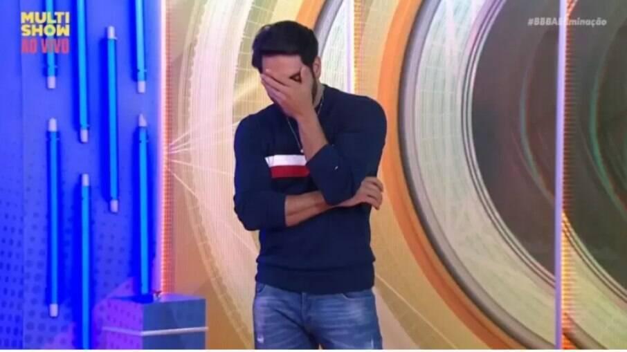 Rodolffo ficou em choque ao saber que comeu macarrão da pia