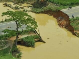 Chuva mata seis e tira 40 mil de casa no Espírito Santo  Foto: Carlos Alberto Silva/ Gazeta Online