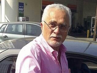 José Genoino é um dos quatro deputados condenados à prisão que continuam com mandato