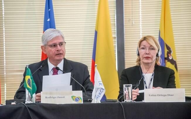 Janot e Ortega Diaz na abertura da 22ª Reunião Especializada de Ministérios Públicos do Mercosul, em Brasília