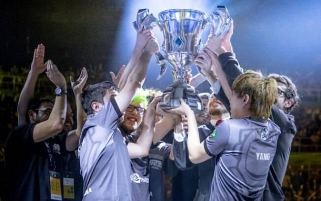 INTZ é a atual campeã do Campeonato Brasileiro de League of Legends (CBLoL), garantindo uma vaga no mundial