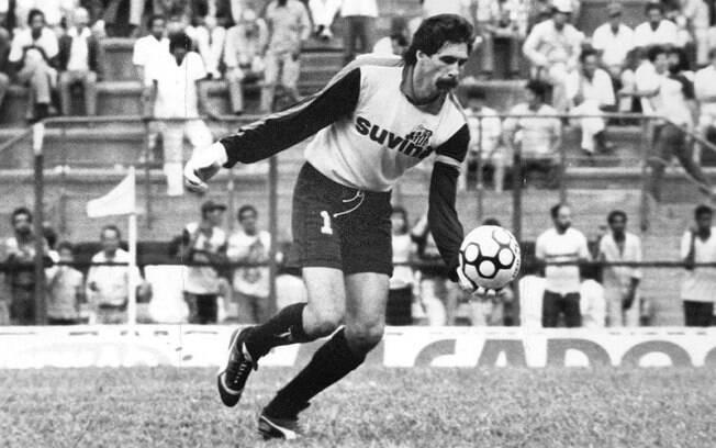 O ex-goleiro Rodolfo Rodrigues atuou pelo  Santos entre os anos de 1984 e 1988, onde  conquistou um título paulista