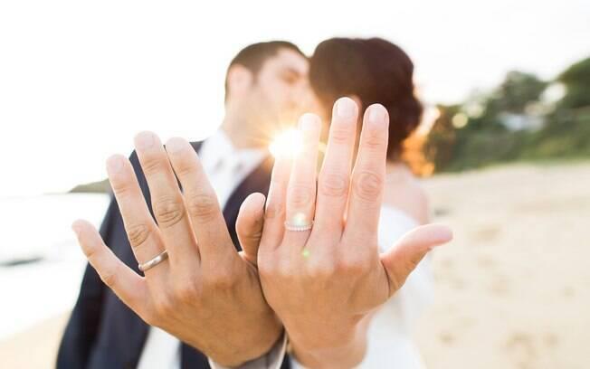 Se você está esperando um pedido de casamento, saiba que a época mais propícia para eles está bem próxima