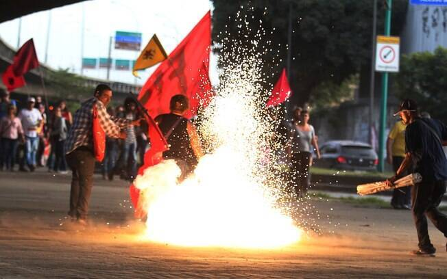 Manifestantes contrários à reforma da Previdência protestaram no Rio nesta sexta