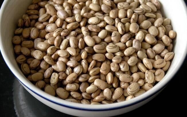 Feijão é o alimento mais consumido pelos jovens: 60,7% deles comem o grão pelo menos cinco dias na semana