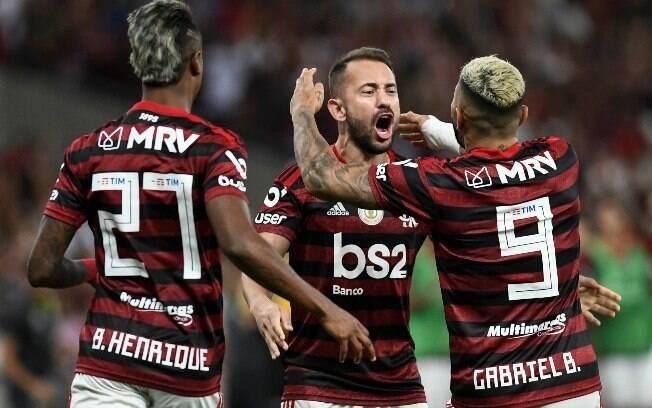 Flamengo pega o River Plate no sábado