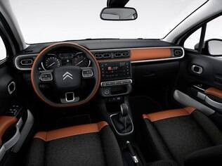 Assim como por fora, interior do novo C3 tem mudança radical em relação ao modelo atual