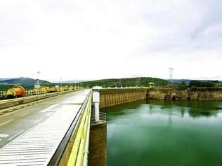 Risco. Hidrelétrica de Furnas vem sofrendo baixa em seu volume de água desde o ano passado, o que forçou o acionamento de térmicas
