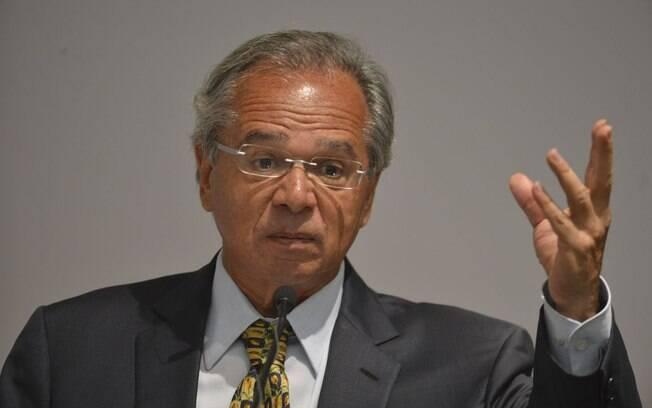 Paulo Guedes está se reunindo com líderes para conseguir aprovação da reforma da Previdência