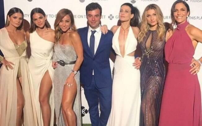 Com boca nude, Sasha Meneghel, Bruna Marquezine, Sabrina Sato, Thassia Naves e Ivete Sangalo marcaram presença