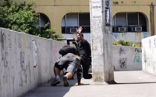 Rompimento de aliança dentro da facção Amigos dos Amigos (ADA) desencadeou confrontos na favela da Rocinha