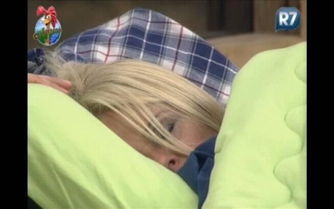 Titia Monique está em sono profundo