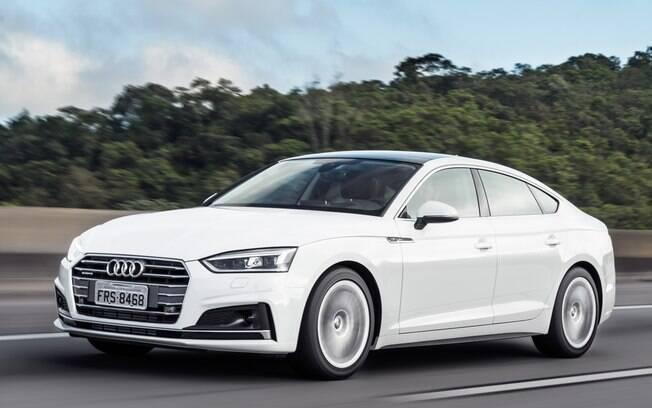 Audi A5 Sportback pode ser equipado com sistema de direção semi-autônomo entre os opcionais oferecidos pela marca