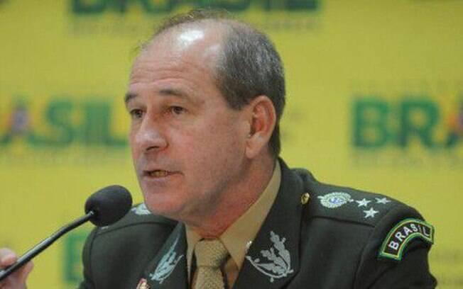 Fernando Azevedo e Silva condenou agressão a jornalistas e defendeu a democracia