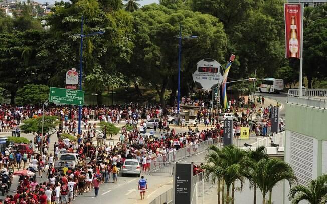 Chegada dos torcedores do Vitória ao estádio da Fonte Nova