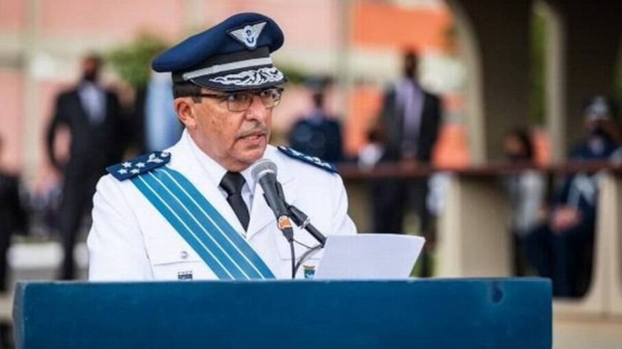 Comandante da FAB, Carlos de Almeida Baptista Júnior