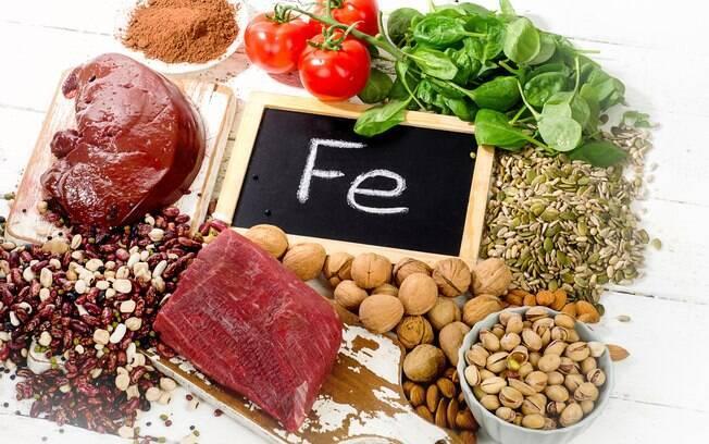 Sais minerais essenciais: o ferro é um dos minerais mais conhecidos e pode ser encontrado em vegetais e carnes