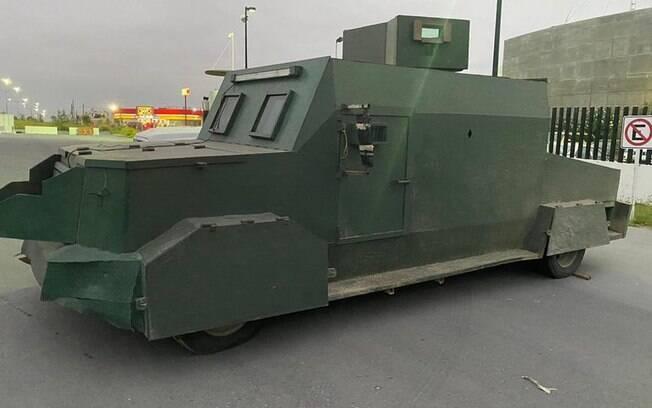 Veículos são construídos com carros blindados ou até caminhões de lixo
