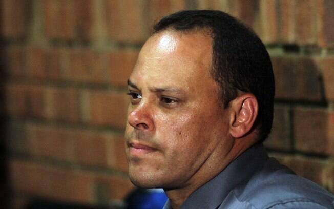 Nesta quinta-feira, dia 21 de fevereiro,  imprensa divulgou que investigador do caso, Hilton  Botha, responde processo por tentativa de  assassinato