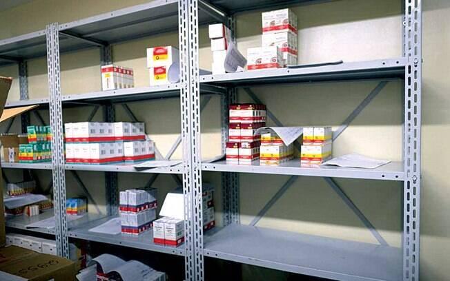 Remédios passaram a faltar em diversas partes do País