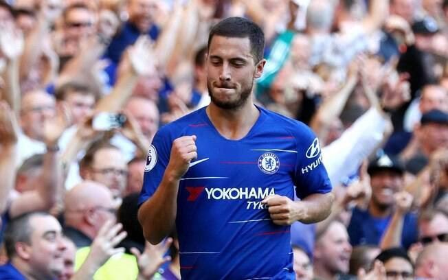 Hazard comemora gol pelo Chelsea