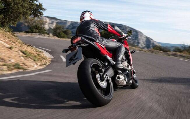 Honda CBR 650F:apesar de não ser uma moto superesportiva, garante uma experiência fantástica de pilotagem