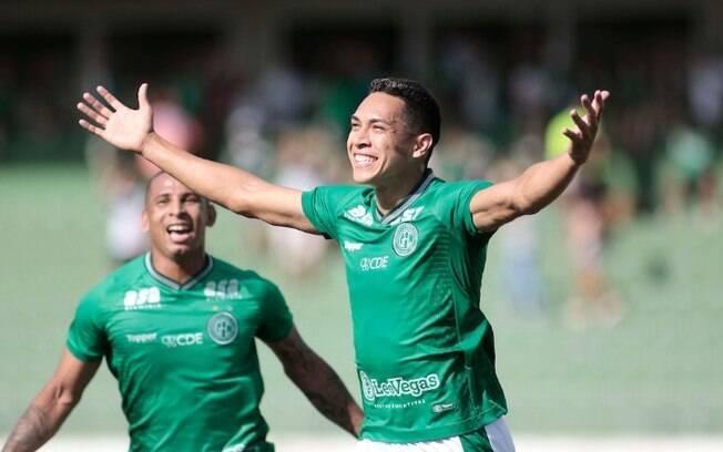 Guarani encara o Figueirense no Campeonato Brasileiro