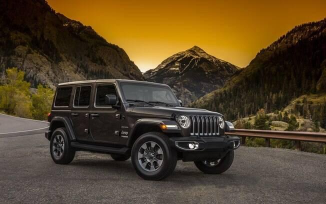 Jeep Wrangler 2018: nova geração mantém o estilo tradicional do modelo, mas passa a ter um conjunto mais eficiente