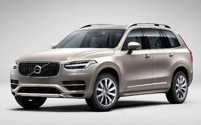 Volvo XC90: Com preços entre R$ 366.950 e R$ 537.950, tem concorrentes como o Land Rover Velar e Audi Q7