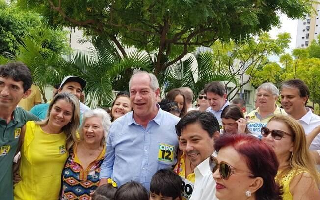 Apoio de Ciro Gomes era esperado pelo PT e simpatizantes, mas presidenciável decidiu não tomar um lado