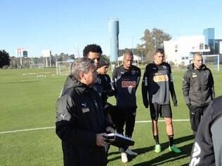 Atlético aprimora as formas física e técnica antes de primeiro jogo da decisão da Recopa