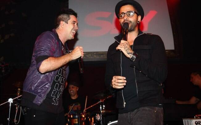 Lucas Silveira, do Fresno, também divide os vocais com Rogério Flausino
